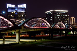 7th-street-bridge-light-out-fort-worth-angelkwill